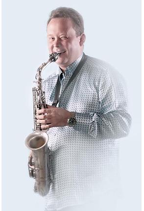 aleksandr-novikov-saksofonist